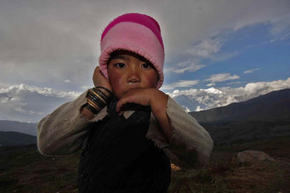 Nepal dítě v lodži Goasaikund