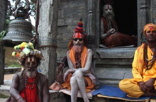 Nepal sadhu 'svatí' muží