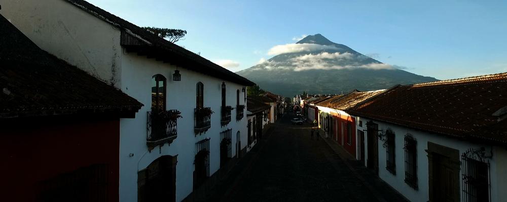 GUATEMALA - S šamany v zádech. Ttrailer -2